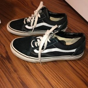 Old skool vans shoes size 8women
